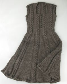 knit dress Icon Dress Knitting pattern by Purl Alpaca Designs Love Knitting, Knitting For Charity, Baby Knitting, Knitting Machine Patterns, Knit Patterns, Knitting Dress Pattern, Dress Design Patterns, Dress Designs, Iconic Dresses