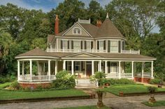 Classic Southern Beauty!  Constructed in 1904 by John du Bignon (former owner of Jekyll Island, Georgia).