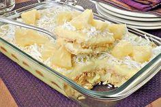 Aprenda esta receita de pavê de abacaxi e coco, que além de delicioso, é muito fácil e prático de fazer e é a sobremesa ideal para o final de semana!