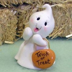 *POLYMER CLAY ~ Halloween Miniature Ghost Figurine Cupcake Topper