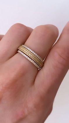 Art Deco diamond stacking ring set Image by Natali Milosavljevic Gold Ring Designs, Gold Jewellery Design, Gold Rings Jewelry, Bullet Jewelry, Opal Rings, Fashion Jewelry, Women Jewelry, Fashion Goth, Wedding Jewelry