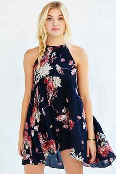 Shop Kimchi Blue Florence High/Low Dress at Urban Outfitters today. We carry all the latest styles, colors and brands for you to choose from right here. Cute Dresses, Casual Dresses, Cute Outfits, Summer Dresses, Urban Dresses, Dress Me Up, Dress To Impress, Dress Skirt, Fashion Outfits