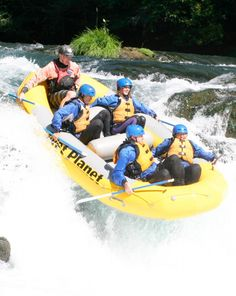 Whitewater Rafting - Gift experience in Washington - Travel on the Shenandoah and Potomac River through Maryland, Virginia and West Virginia with this unique gift experience in Washington. Picnic lunch included - $80.00