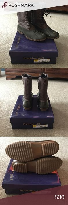 New madden girl duck boots New madden girl duck boots. Worn once, so basically brand new condition. Zip up on the back, lace up on front. Imitation leather top and  rubber bottoms. Super cute! Just never end up wearing them so I'm cleaning out my closet! Madden Girl Shoes Winter & Rain Boots