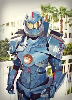 This Femme Gipsy Danger Costume Is Awesome