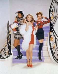 3 Clueless Halloween Costumes That Cher Horowitz Would Approve Of ahnungslos cher alaia party outfit Throwback Outfits, Clueless Outfits, Clueless Fashion, 90s Fashion, Clueless 1995, Fashion Movies, Cher Clueless Costume, Movies Like Clueless, Movie Posters