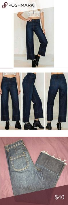 Nasty Gal denim Nasty gal denim. Wide leg jean. Wide leg silhouette. Fray and distressed look. High waisted fit. Nasty Gal Jeans Flare & Wide Leg