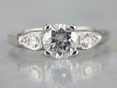 RINGJEWEL 1.40 ct AAA Round Cut Real Moissanite Solitaire Engagement /& Wedding Ring Black Color Size 7
