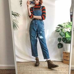 Simple n cute vintage dungarees by Route in Depop is part of Vintage outfits - Simple n cute vintage dungarees by Route in lovely thick denim Comfy, baggy fit with buckle fastenings, adjustable straps on the shoulders and buttons Sold by Retro Outfits, Grunge Outfits, Vintage Outfits, Casual Outfits, 80s Fashion, Look Fashion, Fashion Outfits, Fashion Trends, Fashion 2014