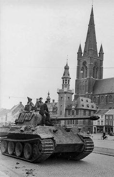 Sd.Kfz. 171 Pz.Kpfw. (Panzerkampfwagen) Panther V Ausf. G