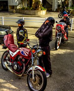 """Remnants of the Japanese """"Ruffian"""" culture.  These guys are what remain of the once powerful """"Bosozoku.""""    Nice motorcycle guys!"""