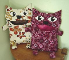 Clothespin bag. no pattern but I think these are adorable, I need one!