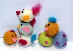 Needle felting kit  Birdies -   with Tutorial DIY door Schnuffelinis op Etsy https://www.etsy.com/nl/listing/150933008/needle-felting-kit-birdies-with-tutorial