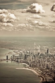 Chicago from a Plane | Illinois (by Tinaylin)