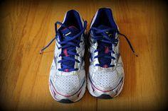 The Happy Runner: Mizuno running shoe giveaway!