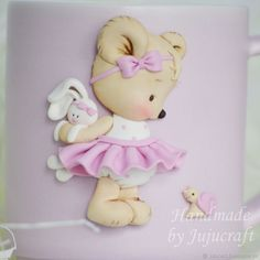 Polymer Clay Disney, Teddy Bear Cakes, Diy And Crafts, Paper Crafts, Buttercream Flowers, Fondant Figures, Pasta Flexible, Girl Cakes, Cold Porcelain