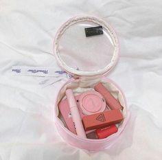 Kawaii Makeup, Cute Makeup, Diy Makeup, Makeup Inspo, Beauty Makeup, Peach Makeup, Makeup Package, Korean Makeup, Aesthetic Makeup