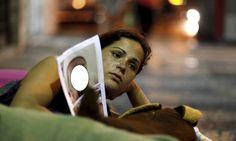 Veja fotos da 'mendigata' de Niterói antes de viver nas ruas Ela sonha reencontrar a filha, de um ano e um mês, que hoje vive em Sorocaba (SP), aos cuidados da irmã