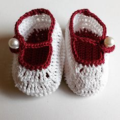 New crochet baby shoes   #new #crochet #babyshoes #babies #baby#stuff #babygift #love #little#shoes #pearl #colourful #bordeaux #white #elegant #handmade#byme #creation #handmadewithmuchlove #crochetaddict #crocheting #ilovecrochet #instacrochet #creative#people #creativity by debbbbbbs