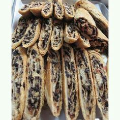 Currants roll