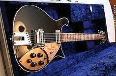 rickenbacker guitars on pinterest guitar bass guitars and joe perry. Black Bedroom Furniture Sets. Home Design Ideas