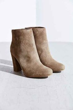 Seychelles Make Believe Heeled Ankle Boot