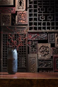 In the need for some inspiration? Take the best that the chinese culture has to offer and find out some interior design ideas for your projects! Chinese Design, Asian Design, Chinese Style, Chinese Art, Chinese Element, Design Minimalista, Into The West, Chinese Furniture, Indochine