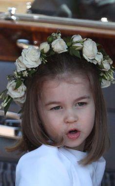 Princess Charlotte makes adorable stunned face