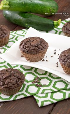 Healthy chocolate zucchini muffins will make even the pickiest eaters love their veggies. Perfect snack for lunch or afterschool, these muffins are such a hit! Gluten free, easy to make, with greek yogurt instead of added oil! | www.pancakewarriors.com