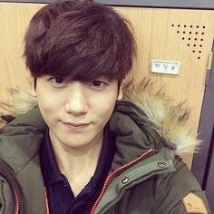 겨울. 감기 조심! 따뜻한 하루 보내시길 바래요! #ParkHyungSik #박형식