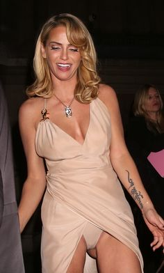 Sarah Harding upskirt shows pants and cameltoe Sarah Harding, Hottest Female Celebrities, Beautiful Celebrities, Celebs, Lord, Celebrity Pictures, Hot Girls, Sexy Women, Prom Dresses
