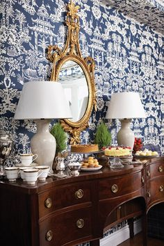 Chinoiserie Chic: Blue and White Dining Room