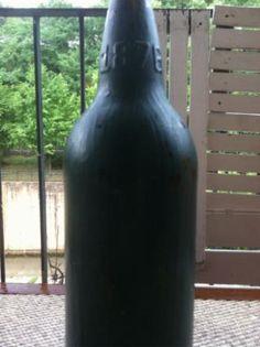 Botella Pizarra. . Gastada . Conserva Muy Bien El Agua , El Vino Y La Cerveza Artesanal