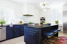 bold blue lower cabinets