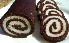 Попробуйте и вы побаловать себя таким вкусным рулетом.  Ингредиенты ✓ Печенье 200 гр., ✓ Сахар 20 гр., ✓ какао 2 ст.л., ✓ вода 100 мл. ✓...