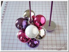 How to make a ornament tree using a knitting needle