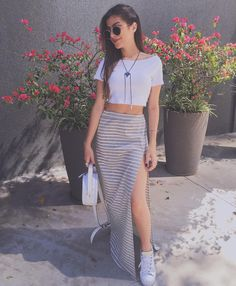 Find images and videos about girl, fashion and cute on We Heart It - the app to get lost in what you love. Love Fashion, Girl Fashion, Fashion Dresses, Womens Fashion, Style Casual, Casual Looks, Summer Outfits, Casual Outfits, Look Cool