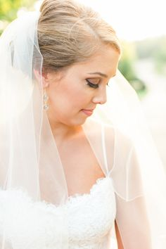 Jessi Nichols Photography Greenville Sc Photographer Outdoor Bridal Photos Inspiration Up Do Something Blue For Wedding Miss Hayley
