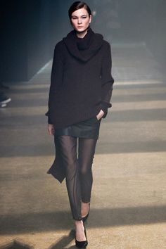 Phillip Lim New York - Collections Fall Winter - Shows - Vogue. Sheer Leggings, Sheer Pants, Chiffon Pants, Runway Fashion, Fashion Show, Ny Fashion, Fashion Weeks, Black Wardrobe, 3.1 Phillip Lim