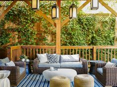 7 Designer-Approved Patio Decorating Tips Patio Gazebo, Porch Swing, Outdoor Spaces, Outdoor Living, Outdoor Decor, Patio Lighting, Deck Design, Decoration, Decks