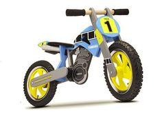 Yamaha cria miniaturas de madeira de suas motos: http://ale.pt/16Qurvm