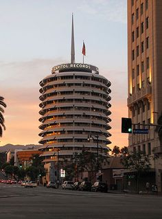 Discover Capitol Records Building Morse Code in Los Angeles, California: The blinking light atop the iconic landmark has been sending secret messages for decades. San Diego, San Francisco, Great Places, Places To Visit, Nova Orleans, Nashville, San Antonio, Cities, Las Vegas