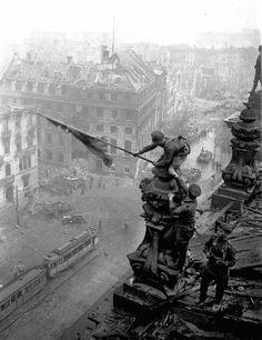 Battaglia per Berlino .. Discussione sulla LiveInternet - Servizio russo diario online