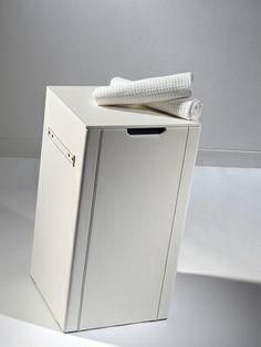 Loft & Bath® Blanc > Accessoires Cuir Blanc > Panier à linge en cuir 50 litres