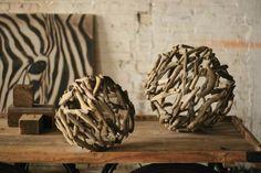 bois flotté : sphères pour décoration