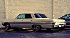 1962 Oldsmobile Dynamic 88 Holiday Hardtop