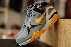 Nike Air Trainer Max '91 – Grey / Yellow