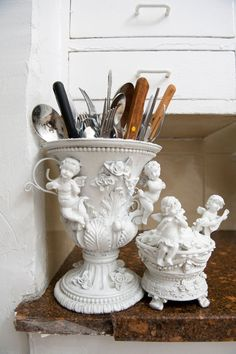 Victorian style pot or vase can be used in the kitchen as Fork Spoon Knife holder. brilliant!