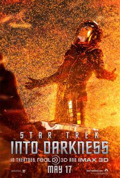 Zachary Quinto como Spock en nuevo cartel de la película Star Trek 2 En la Oscuridad.