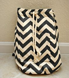 DIY backpack with just 1 1/2 yards of fabric.